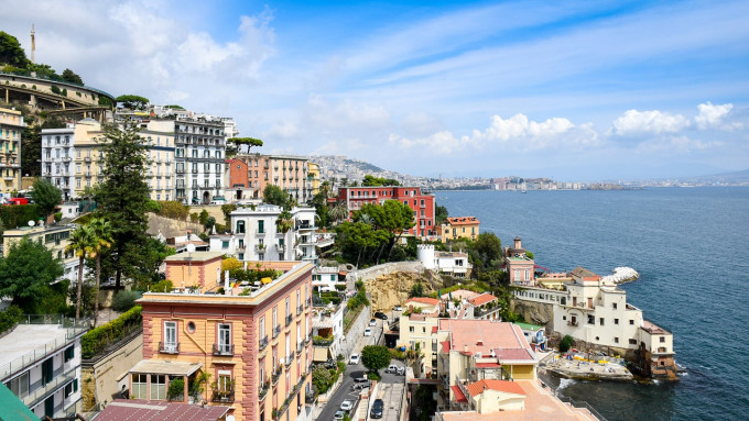 Mercato immobiliare campano: ottime prestazioni per il capoluogo